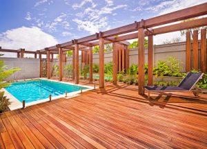 la s curit pour les piscines pr s de vaison la romaine et. Black Bedroom Furniture Sets. Home Design Ideas